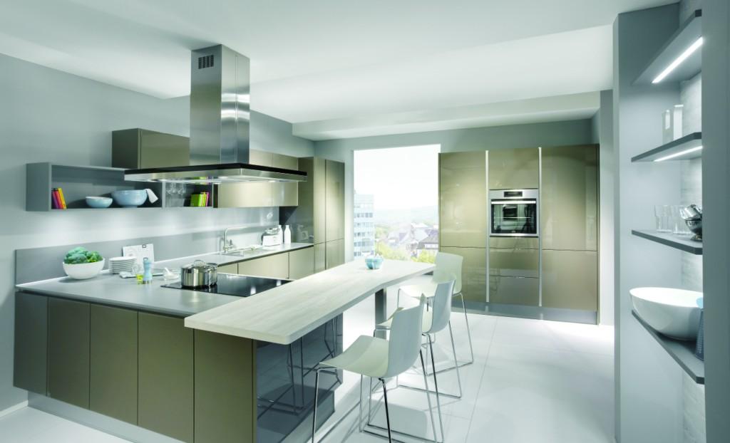 Design Keukens Kalmthout : gipsplafond in badkamer boven keukeneiland ...